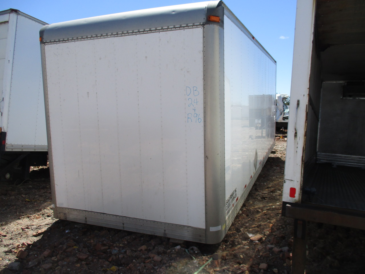 Good 24ft Dry Freight Box Roll Up Door 96in Height O D24